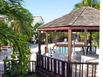 Sint Maarten Studio Apartment Swimming Pool Rental (10)