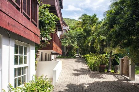Sint Maarten Studio Apartment Swimming Pool Rental (11)